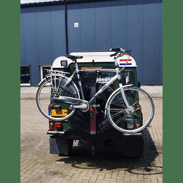SpareRide op het reservewiel gemonteerde fietsendrager voor 2 fietsen voor de Defender
